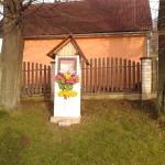 Kapliczka na osiedlu Adamy