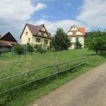 Kapliczka na osiedlu Sabury