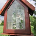 Kapliczka na osiedlu Mistarze