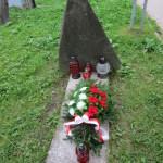 Miejsce rozstrzelania 11 zakładników  14 listopada 1943 roku pochowanych potajemnie przed Niemcami w PIWNICY MŁYNKOWSKIEJ poniżej Kaplicy Na Brzegu