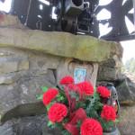 """Pomnik na """"Mogile"""" żołnierzy poległych we w 1939 roku"""