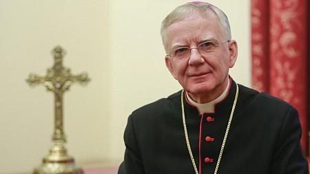 kaplica-na-brzegu-metropolita-krakowski-abp-marek-jedraszewski