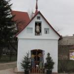 Szopka w kapliczce w Wiśniowej