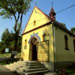 Kaplica na zewnątrz sierpień 2019 rok